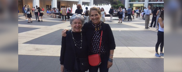 Joan Mendelson and her daughter, Susan Mendelson Stein